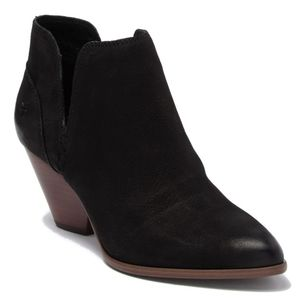 Frye Reina Cut Out Bootie Black Tumbled Nubuck NWT